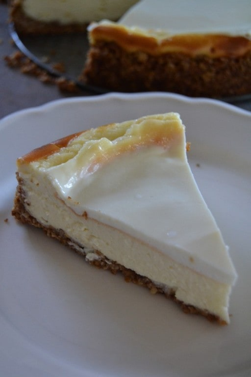 Cheesecake with Oatmeal Cookie Crust