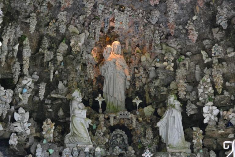 statue grotto