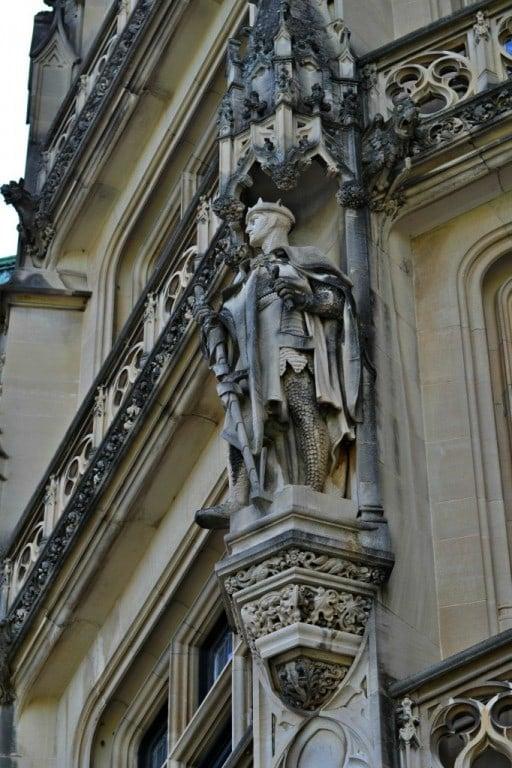 Knight on facade
