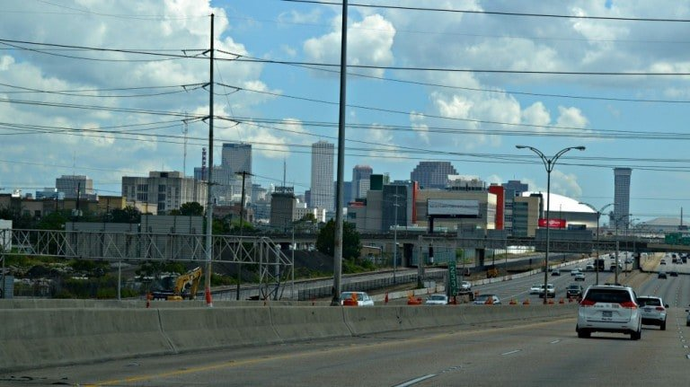 the road into New Orleans