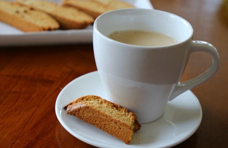 Harvest Biscotti and Chai Tea