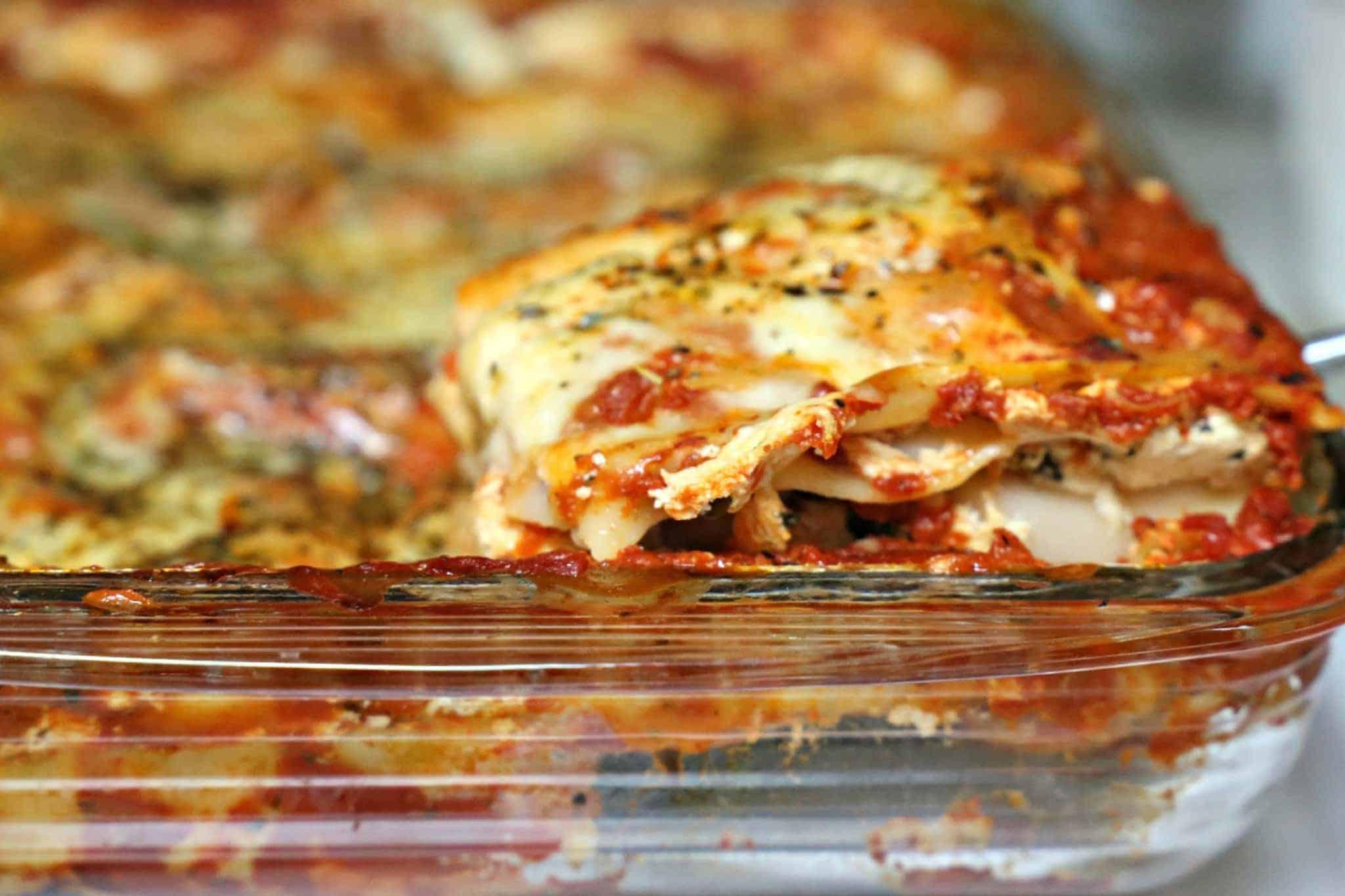 Cheesy Lasagna in a pan