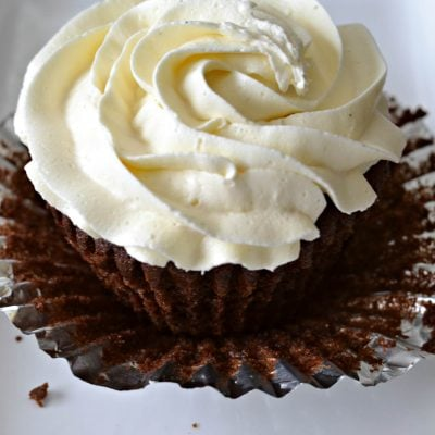 The Best Homemade Vanilla Buttercream Frosting