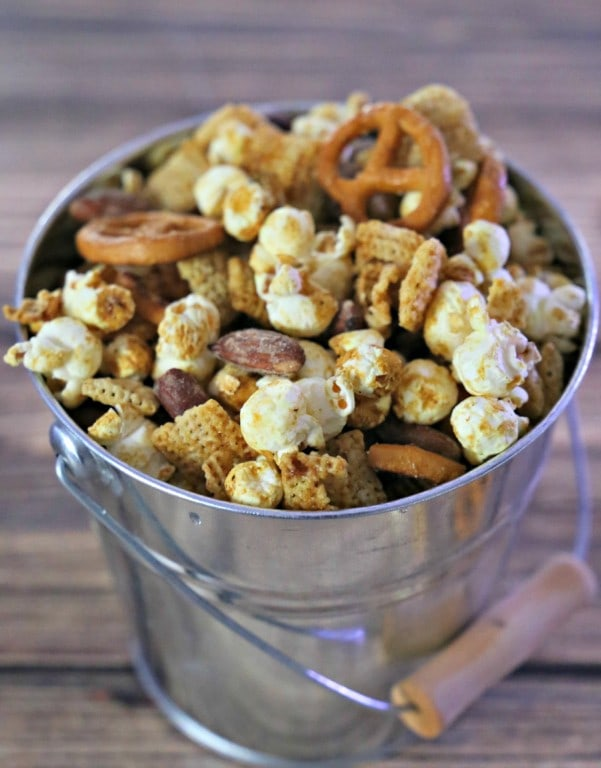Bucket of Wasabi Snack Mix