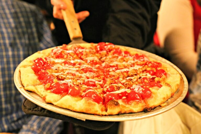 cherry dessert pizza