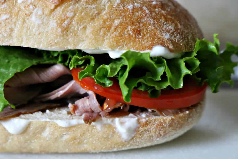 Roast Beef Sandwich with Creamy Horseradish Sauce