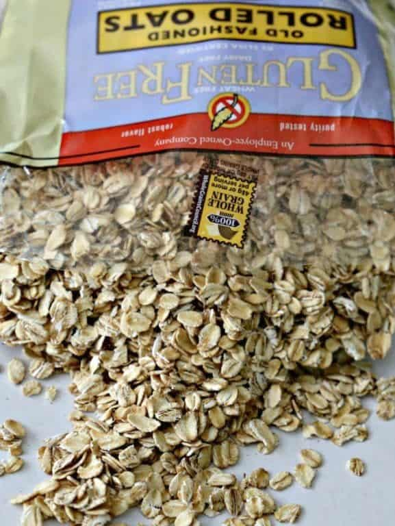 bag of old fashioned oats