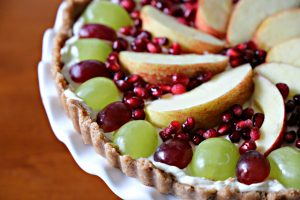 Easy No-Bake Holiday Fruit Tart