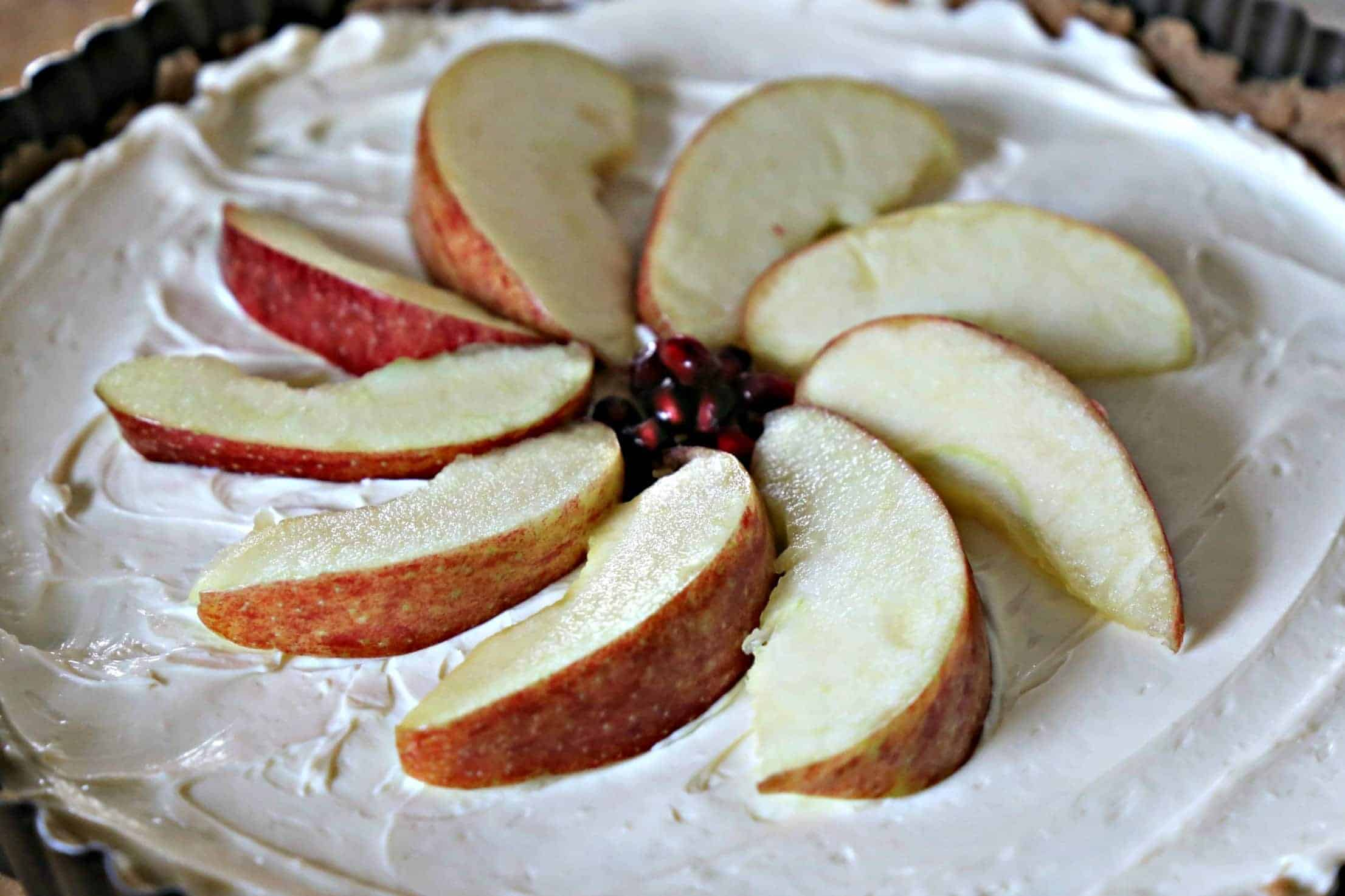apples on top of cream cheese layer