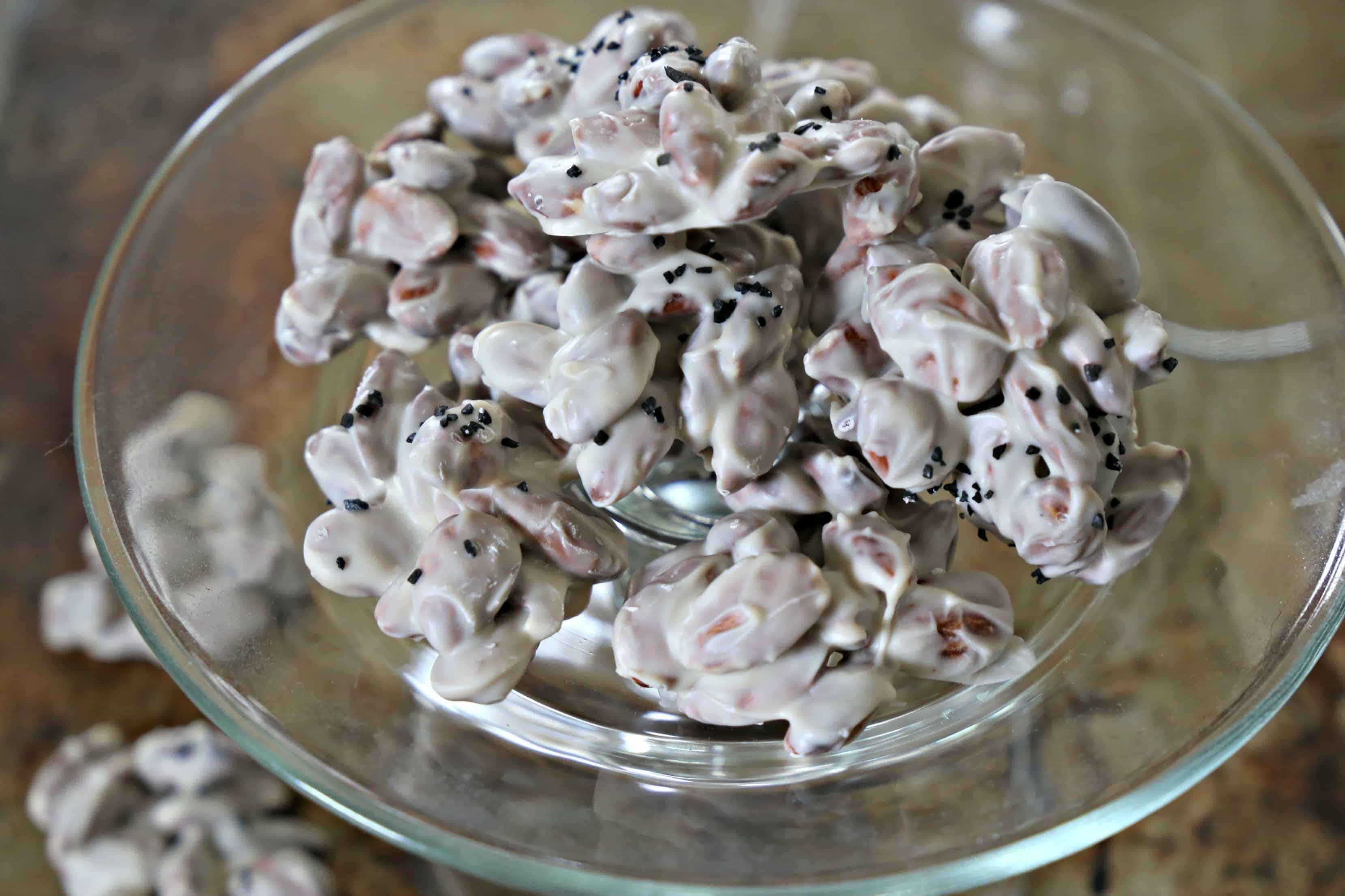 Almond Clusters with Black Sea Salt