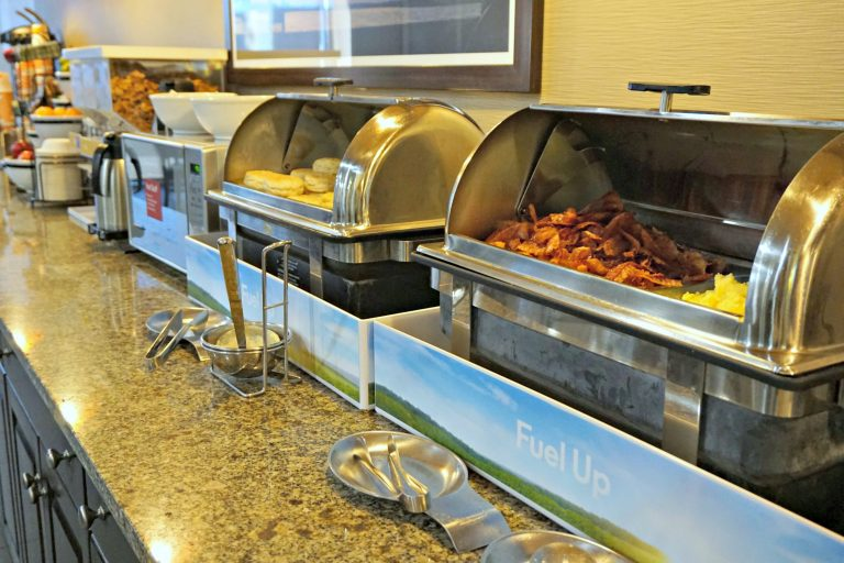 The Comfort Inn in Memphis is a nice hotel at an affordable price that is close to many of the cool Memphis a