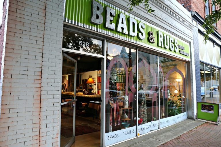 Beads & Rugs in Paducah