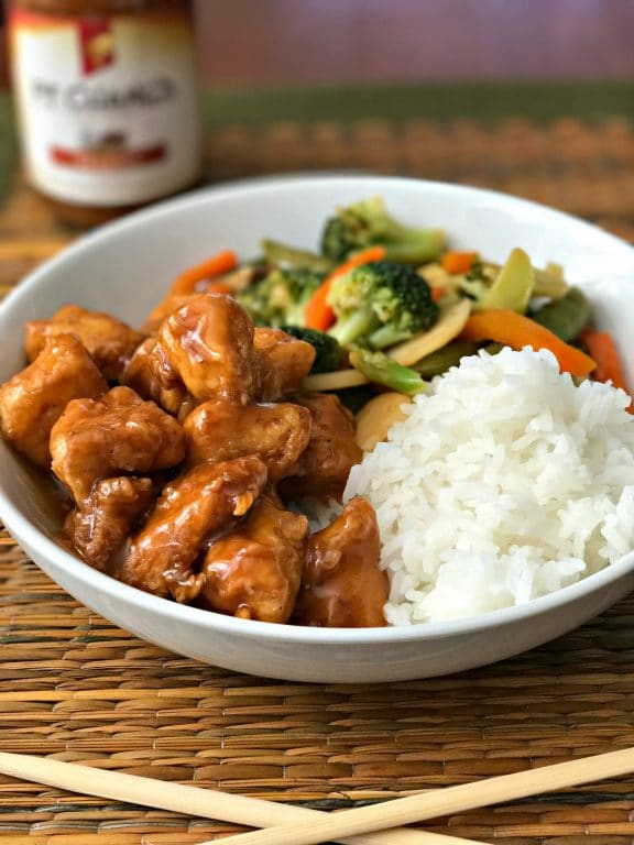Would you like in on a little secret? You don't have to order carry out in order to enjoy great Asian food at home. You - yes, you! - can make delicious Sesame Chicken in your very own kitchen. The secret is the sauce. I am sharing the recipe for Simple Sesame Chicken on the blog. Hope you enjoy it! #SimpleSecret #ad