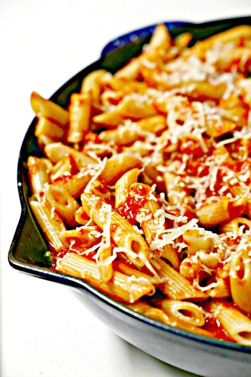 skillet of spicy arrabiata