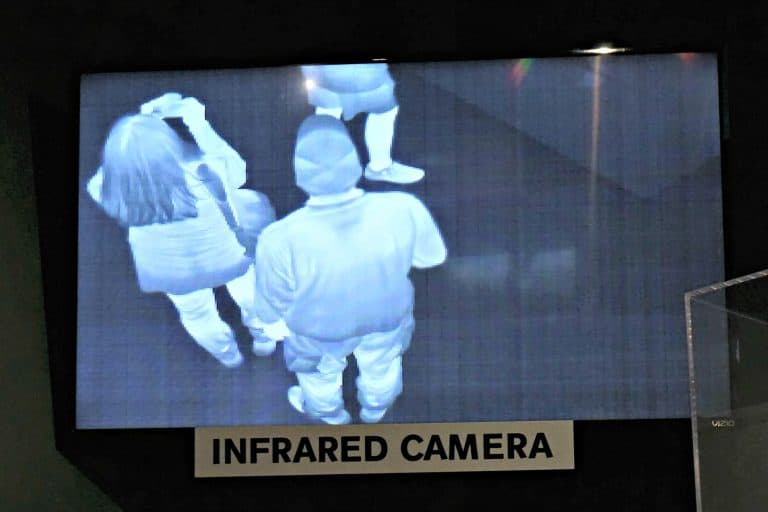 picture taking caught on infrared camera