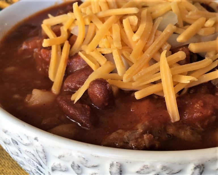 bowl of chili and cheese
