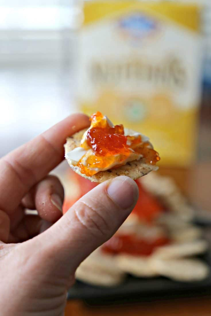 The world's easiest appetizer is made using only three ingredients.  You might already have them all.  #BlueDiamond #NutThins2Win #BD, (ad) #CraveVictoriously, #SummerCrave, #NutThins http://goic.io/dJxYeU