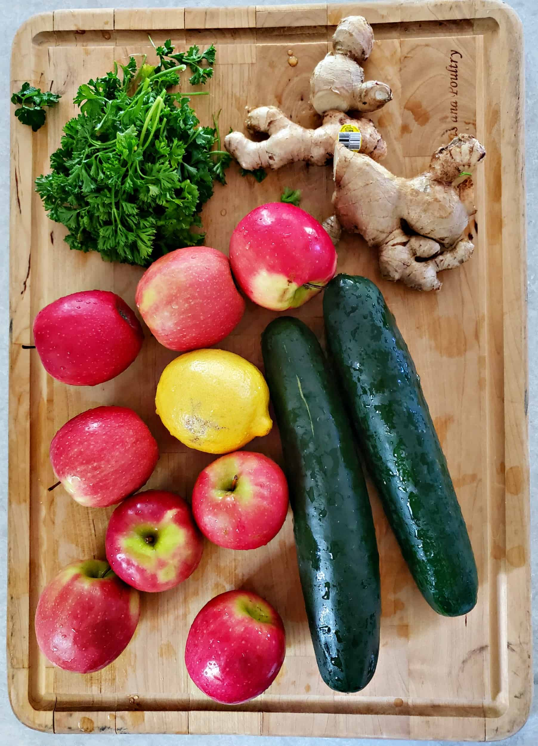 apples, lemon, cucumber, ginger, and parsley