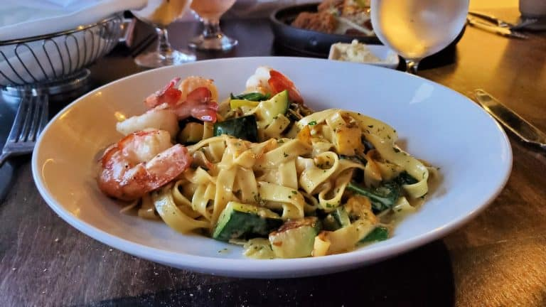Tagliatelle with Prawns at Vintage Year