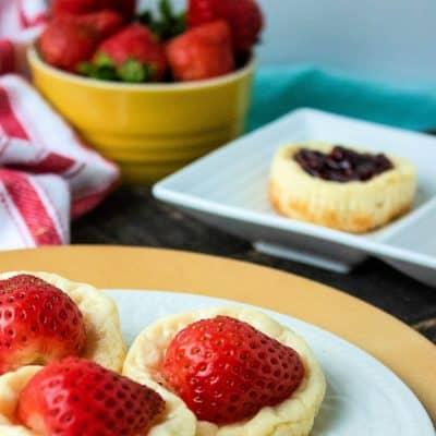 Crustless Mini Bite-Sized Cheesecakes