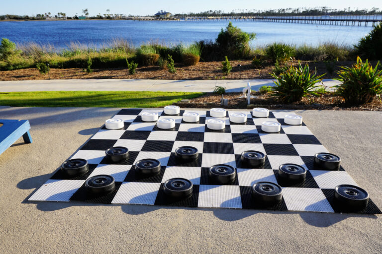 lawn checkers