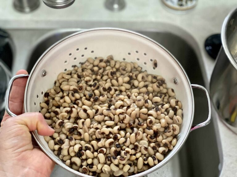draining black-eyed peas
