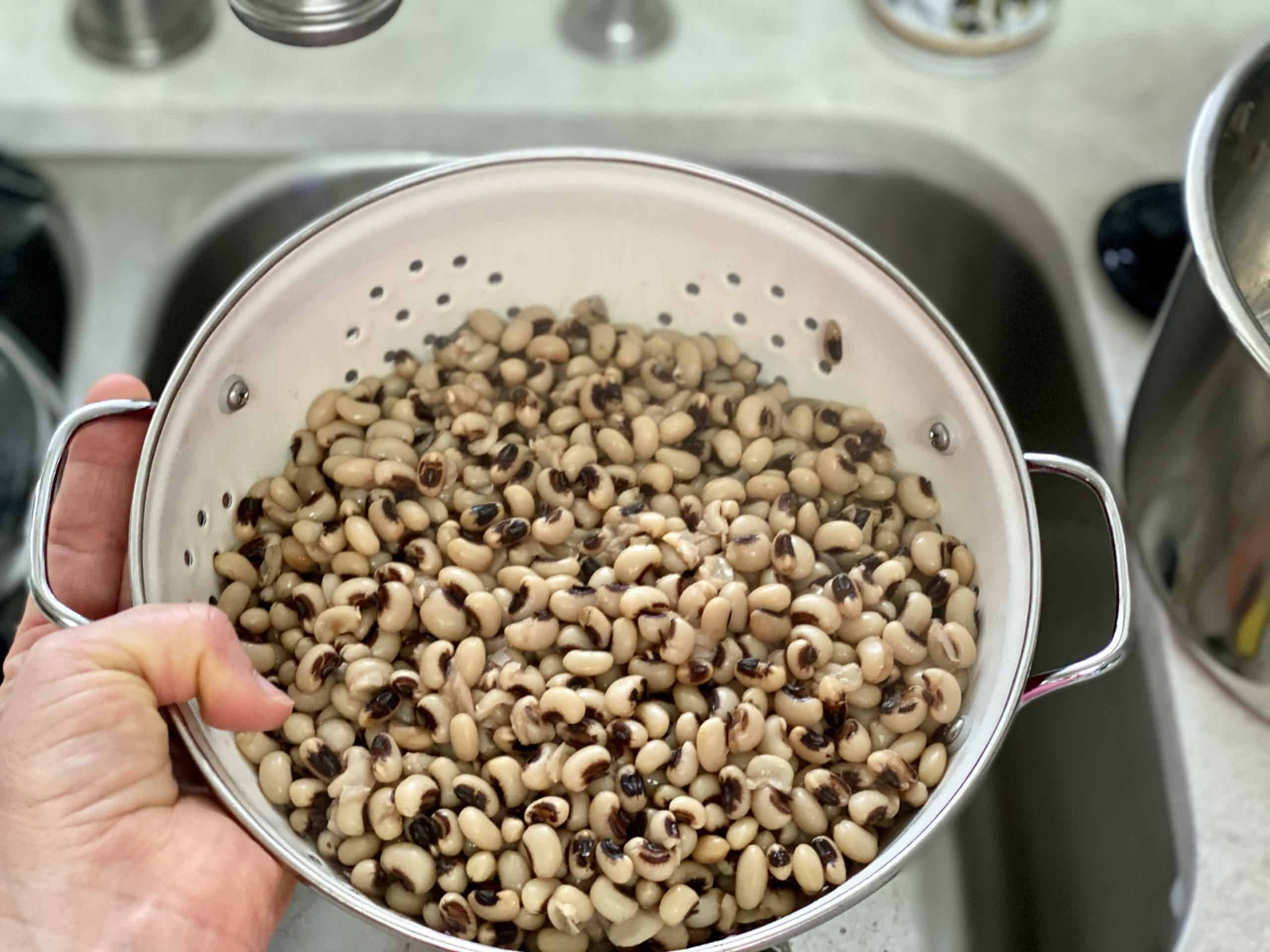 draining black-eyed peas