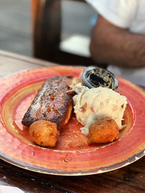 Mahi Mahi and mashed potatoes