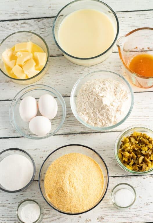 ingredients for making cornbread