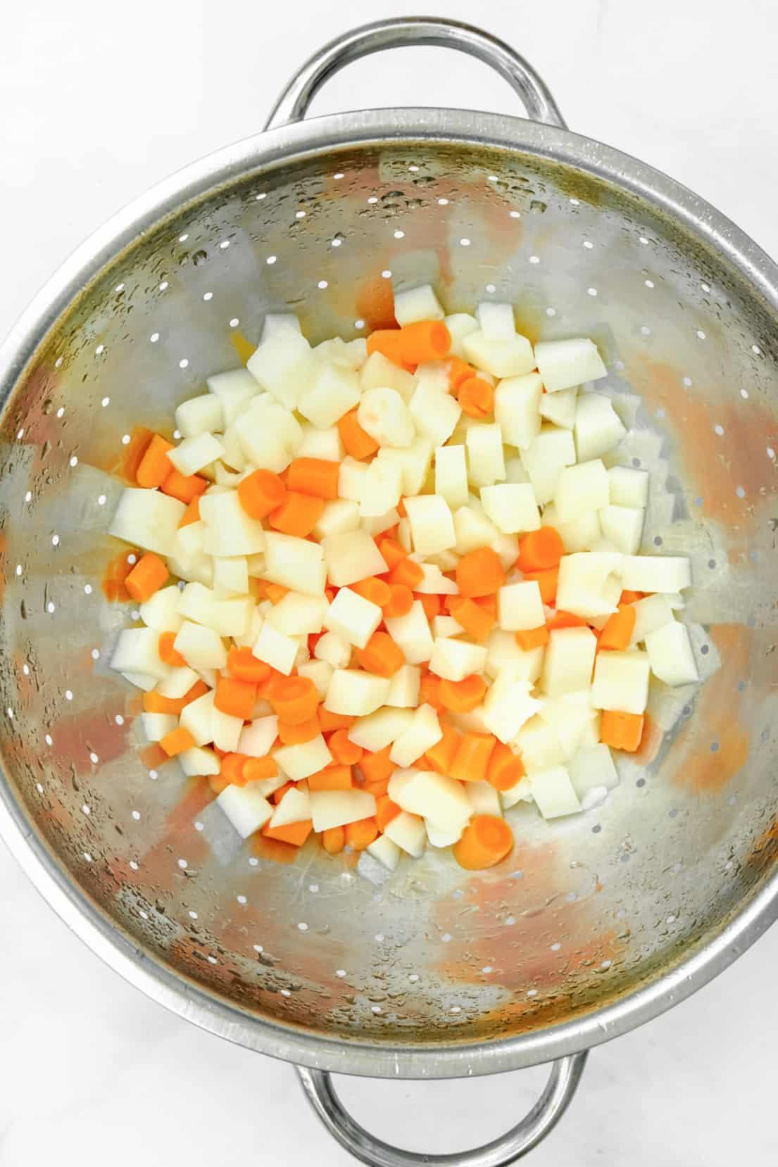 draining vegetables