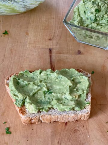 guacamole spread on toast