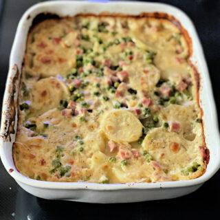 baked scalloped potatoes and ham casserole
