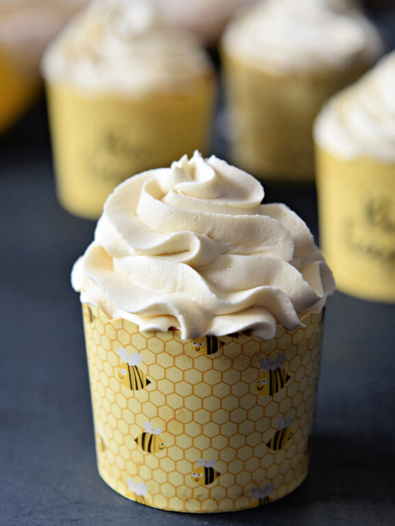 lemon cupcake with buttercream frosting