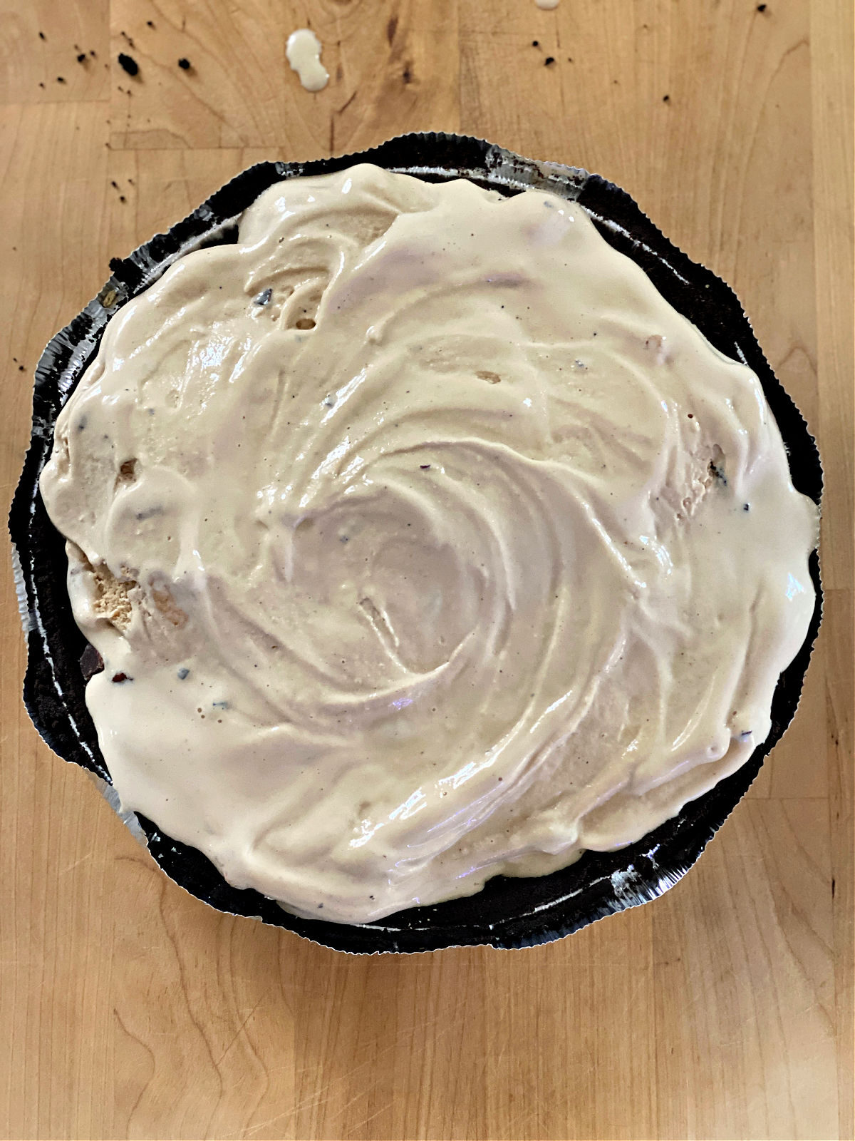 Chocolate pie crust with layer of coffee ice cream.