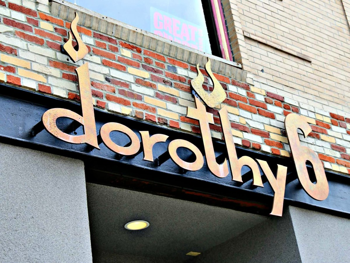 Front of Dorothy 6 sign.